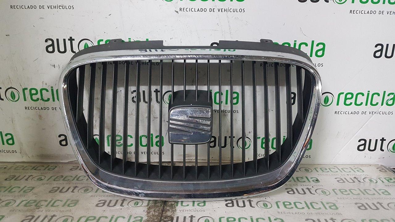 REJILLA DELANTERA SEAT LEON (1P1) Sport  1.6 TDI (105 CV) |   02.10 - ..._img_0