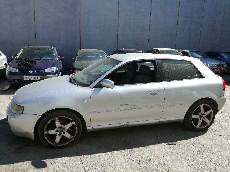 AUDI A3 (8L) 1.8 Attraction   (125 CV) |   09.96 - 12.03_img_2