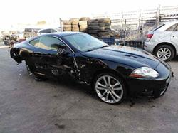 JAGUAR XK8/XKR COUPE 4.2 V8 32V CAT