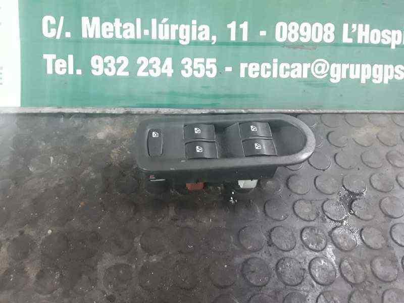 MANDO ELEVALUNAS DELANTERO IZQUIERDO  RENAULT SCENIC II Grand Confort Dynamique  2.0 16V Turbo (163 CV) |   04.04 - ..._img_0