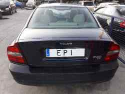VOLVO S80 BERLINA 2.4 CAT