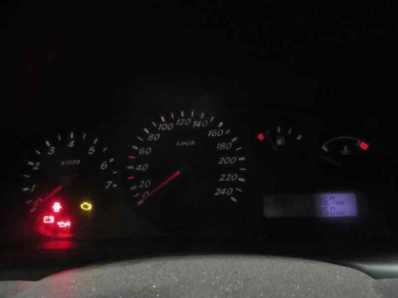 NISSAN ALMERA (N16/E) Acenta  2.2 16V Turbodiesel CAT (110 CV) |   10.02 - 12.03_img_2