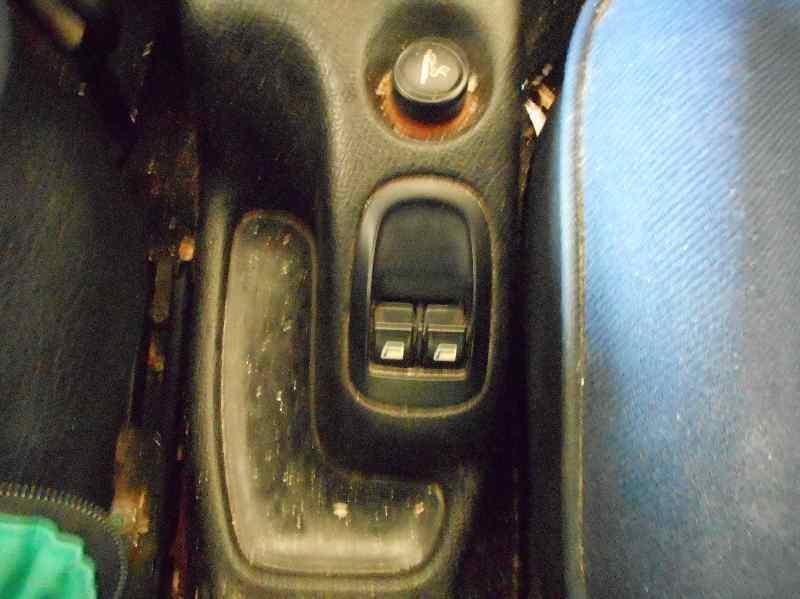 PEUGEOT 206 BERLINA XR  1.9 Diesel (69 CV) |   06.98 - 12.02_img_1