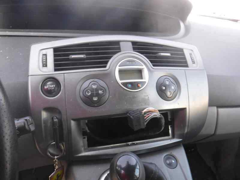 RENAULT SCENIC II Confort Authentique  1.9 dCi Diesel (120 CV) |   06.03 - 12.05_img_1