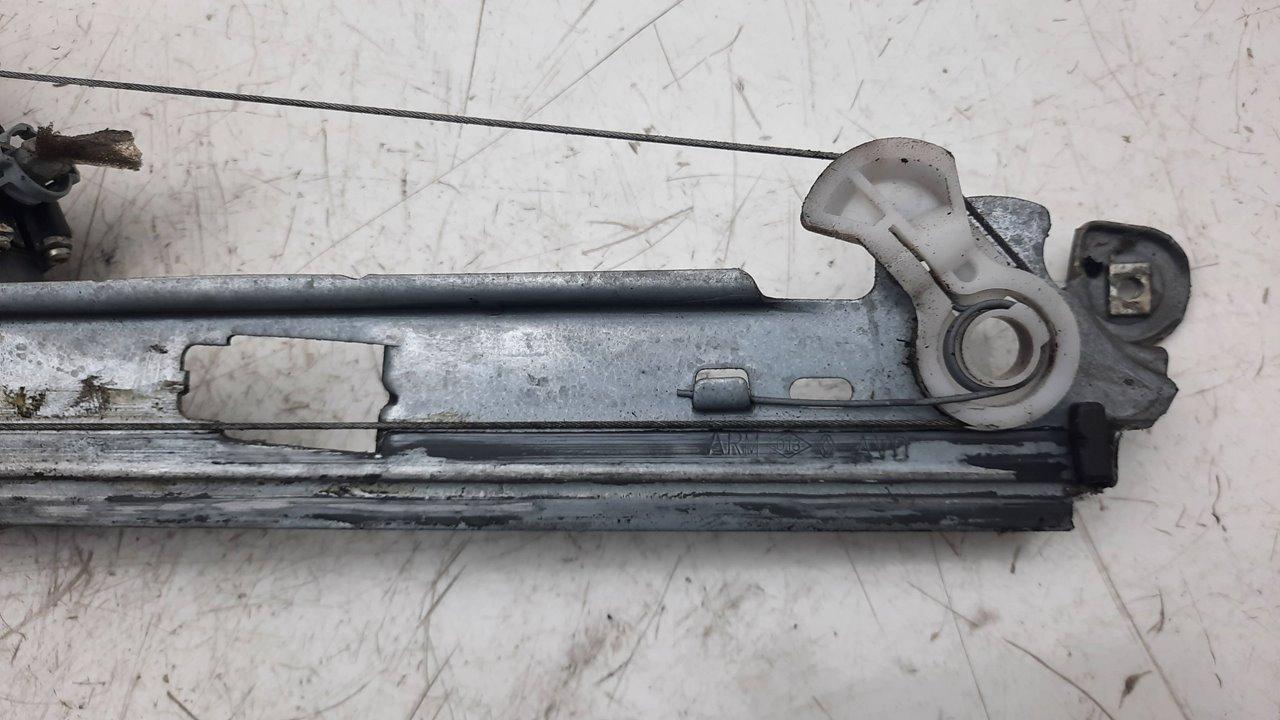 ELEVALUNAS DELANTERO DERECHO RENAULT SCENIC II Authentique  1.5 dCi Diesel (106 CV)     10.06 - ..._img_4