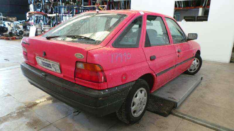 FORD ESCORT BERLINA/TURNIER CLX Berlina  1.6 16V CAT (88 CV) |   08.90 - ..._img_2