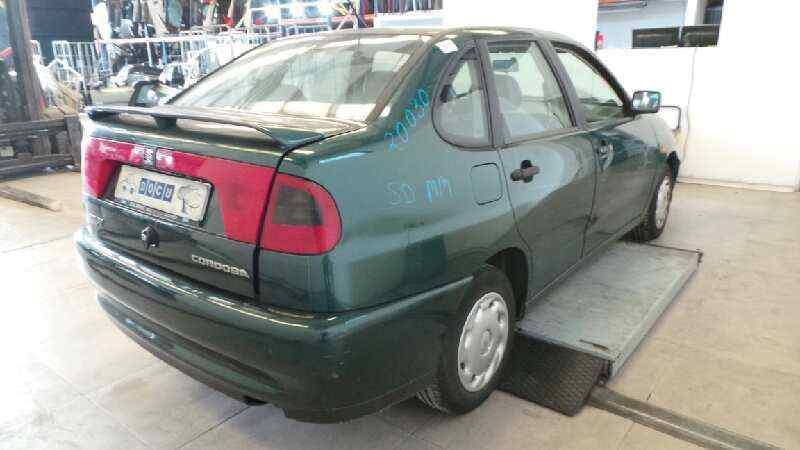 SEAT CORDOBA BERLINA (6K2) CLX  1.9 Diesel (1Y) (68 CV) |   02.93 - 12.96_img_2