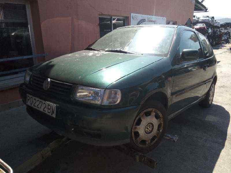 VOLKSWAGEN POLO BERLINA (6N1) Básico  1.9 Diesel (64 CV) |   09.94 - 12.98_img_2