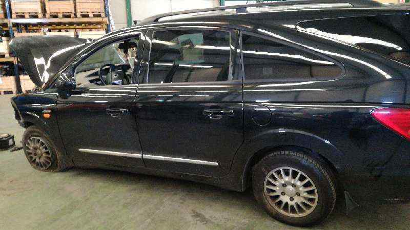 SSANGYONG RODIUS Xdi Limited AWD  2.7 Turbodiesel CAT (163 CV) |   05.05 - 12.15_img_4