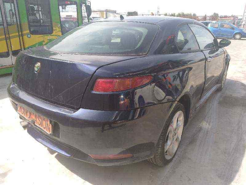 ALFA ROMEO GT (125) 1.9 JTD 16V 150/ Distinctive   (150 CV)     01.04 - 12.06_img_3