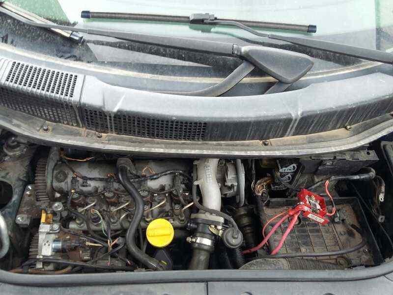 PILOTO TRASERO DERECHO RENAULT SCENIC II Confort Authentique  1.9 dCi Diesel (120 CV) |   06.03 - 12.05_img_1