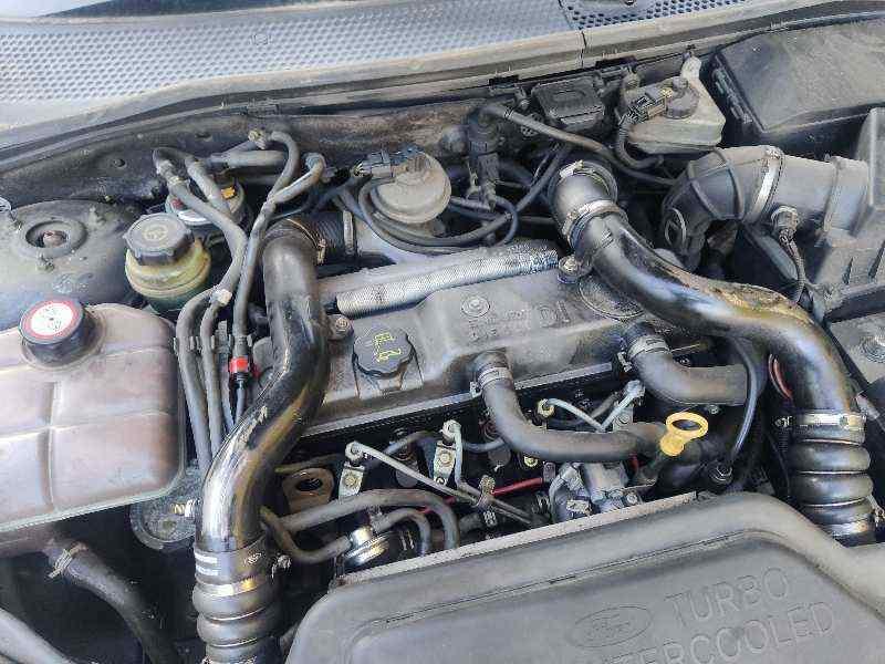 FORD FOCUS BERLINA (CAK) Ambiente  1.8 TDDI Turbodiesel CAT (90 CV) |   08.98 - 12.04_img_1