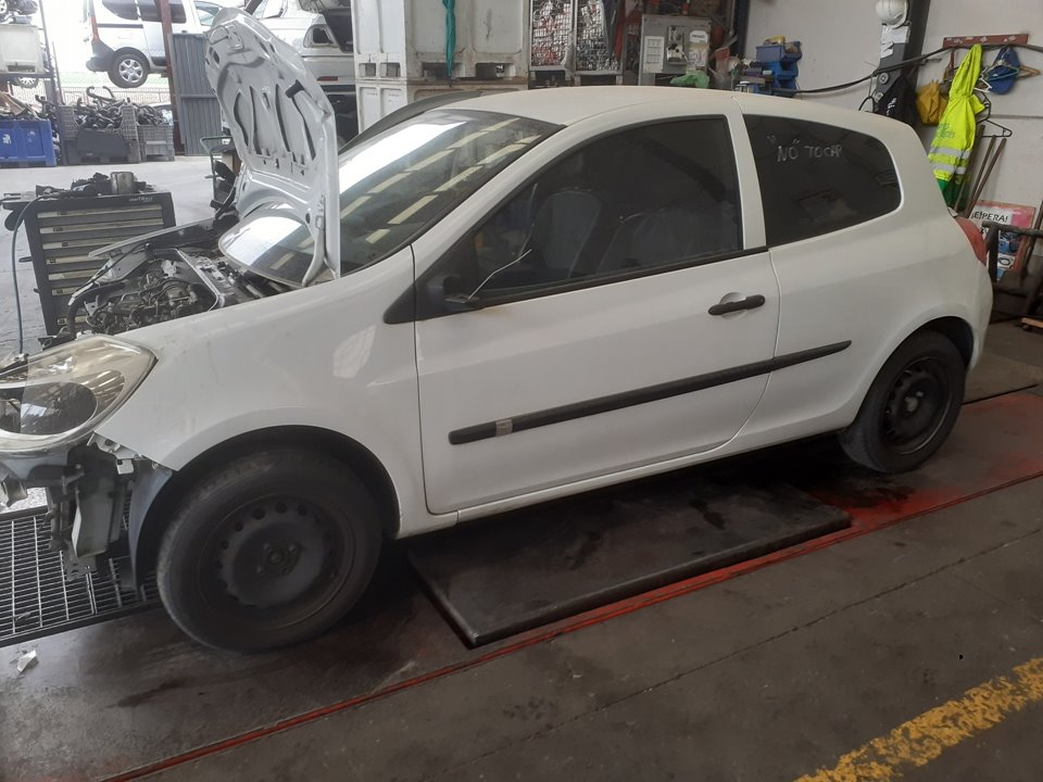 RENAULT CLIO III Exception  1.2  (75 CV) |   09.06 - ..._img_3