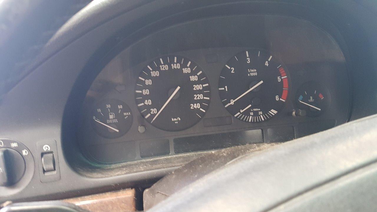 BMW SERIE 5 BERLINA (E39) 530d  3.0 24V Turbodiesel CAT (184 CV) |   09.98 - 12.00_img_4