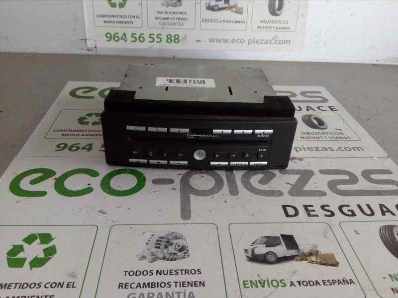 SISTEMA AUDIO / RADIO CD RENAULT LAGUNA II GRANDTOUR (KG0) Dynamique  2.2 dCi Turbodiesel (150 CV) |   03.01 - 12.05_img_0