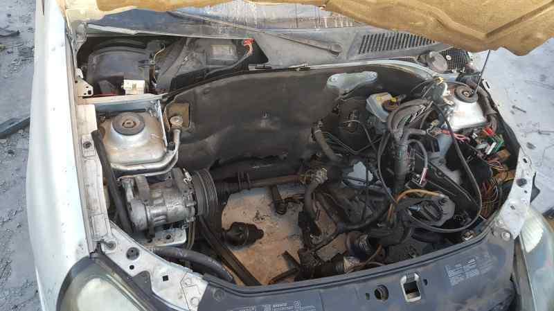 NO IDENTIFICADO RENAULT CLIO II FASE II (B/CB0) Authentique  1.5 dCi Diesel (65 CV) |   06.01 - 12.03_img_5