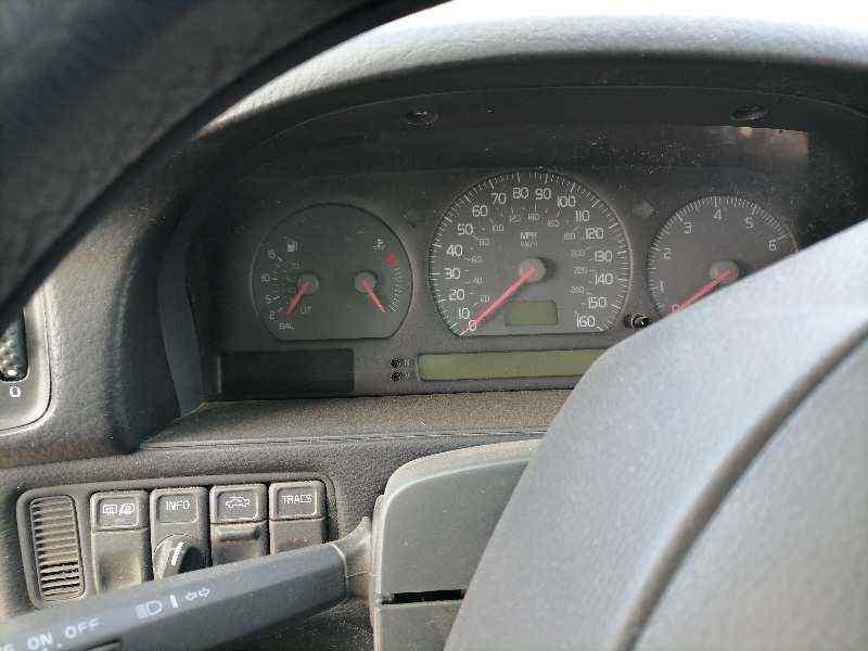 VOLVO V70 FAMILIAR Exclusive  2.3 Turbo CAT (239 CV) |   11.97 - ..._img_5