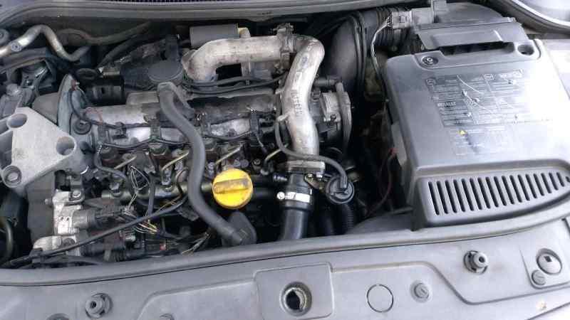 RENAULT MEGANE II BERLINA 5P Luxe Dynamique  1.9 dCi Diesel (120 CV) |   07.02 - 12.05_img_3