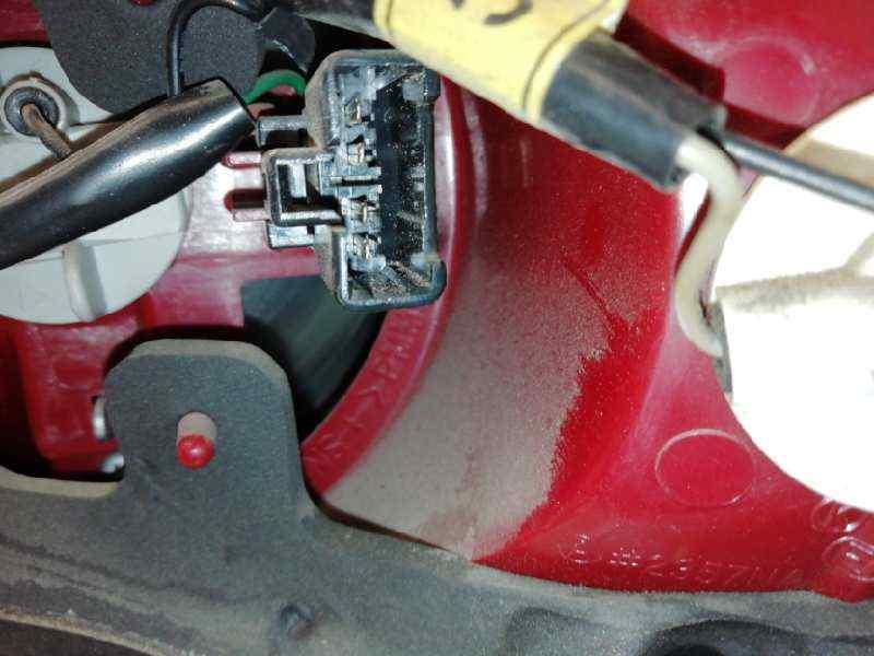 PILOTO TRASERO IZQUIERDO KIA OPIRUS Básico  3.5 V6 CAT (203 CV)     0.03 - ..._img_2