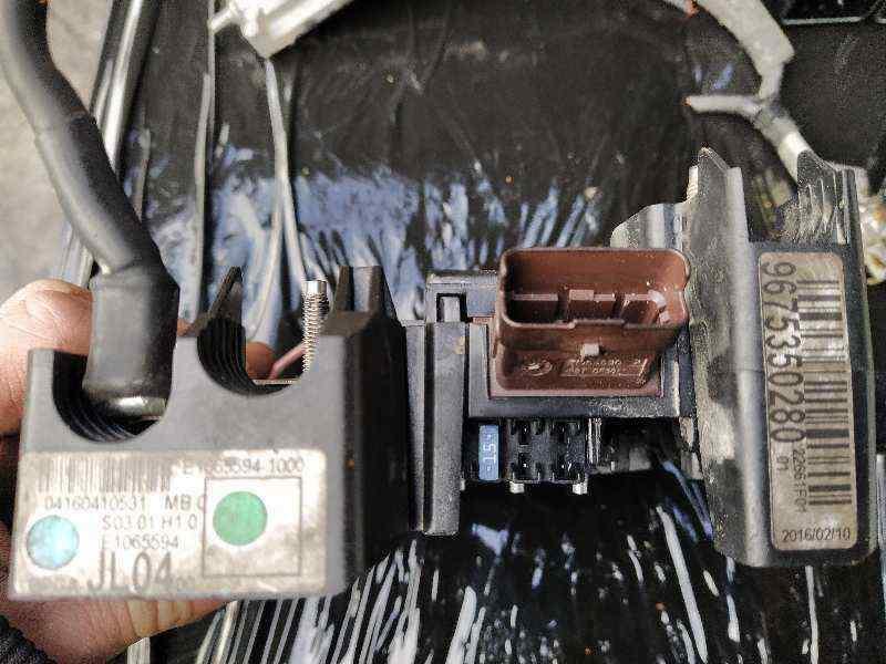 CAJA RELES / FUSIBLES PEUGEOT 308 GTi  1.6 16V THP (272 CV)     0.13 - ..._img_3