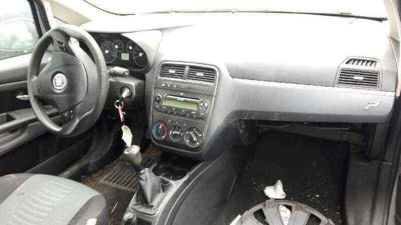 FIAT GRANDE PUNTO (199) 1.3 Multijet Sport (01.2007->)   (90 CV) |   01.07 - 12.12_img_5