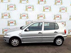 VOLKSWAGEN POLO BERLINA (6N2) 1.0