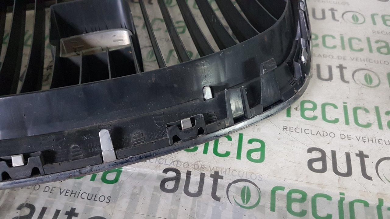 REJILLA DELANTERA SEAT LEON (1P1) Sport  1.6 TDI (105 CV) |   02.10 - ..._img_3
