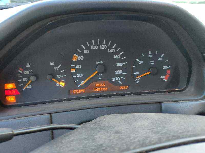 MERCEDES CLASE E (W210) BERLINA DIESEL 300 Diesel (210.020)  3.0 Diesel CAT (136 CV) |   05.95 - ..._img_2