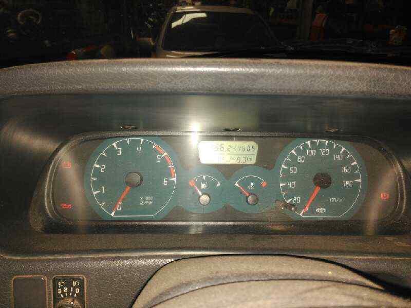 NISSAN TERRANO/TERRANO II (R20) Comfort  2.7 Turbodiesel (125 CV) |   12.99 - 12.04_img_2