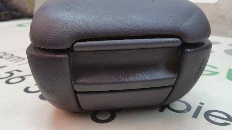 APOYABRAZOS CENTRAL MERCEDES CLASE A (W168) 160 CDI (168.007)  1.7 CDI Diesel CAT (60 CV)     09.98 - 12.01_img_3