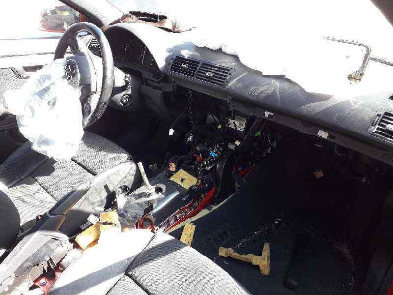 AUDI A4 AVANT (8E) 2.0 TDI   (140 CV) |   11.04 - 12.08_img_3