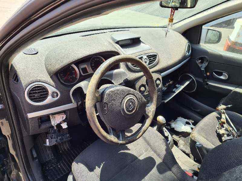 RENAULT CLIO III 20 Aniversario  1.5 dCi Diesel CAT (86 CV) |   03.10 - 12.10_img_3
