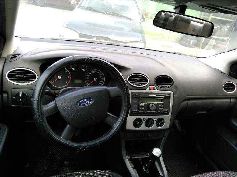 FORD FOCUS BERLINA (CAP) Ghia  1.8 TDCi Turbodiesel CAT (116 CV) |   03.05 - 12.07_img_3