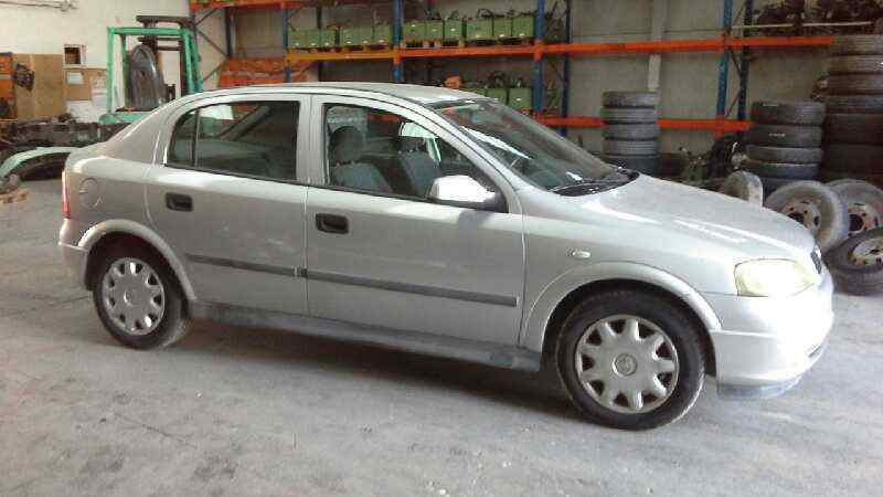 OPEL ASTRA G BERLINA Club  1.6  (75 CV) |   02.98 - 12.00_img_1