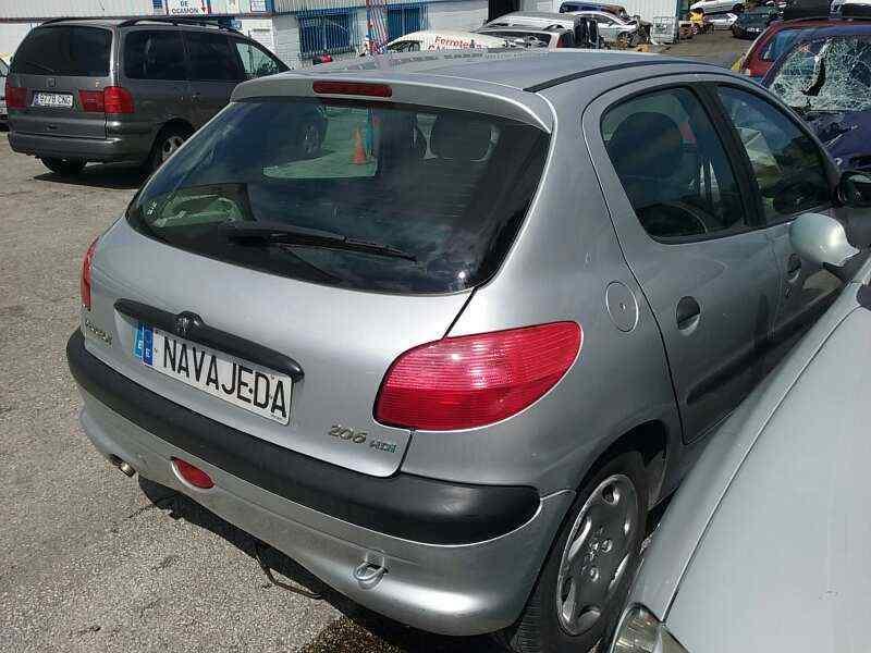 PEUGEOT 206 BERLINA XR  1.4 HDi (68 CV) |   06.98 - 12.02_img_3
