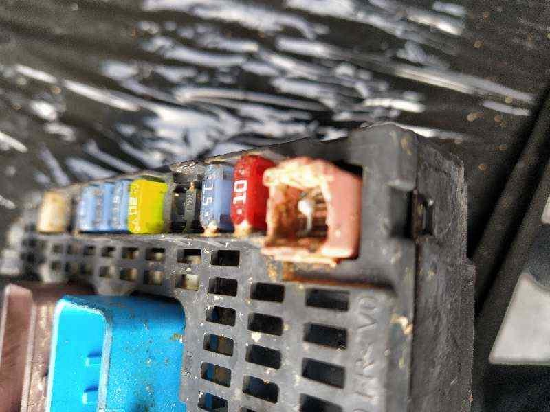 CAJA RELES / FUSIBLES PEUGEOT 308 GTi  1.6 16V THP (272 CV) |   0.13 - ..._img_3