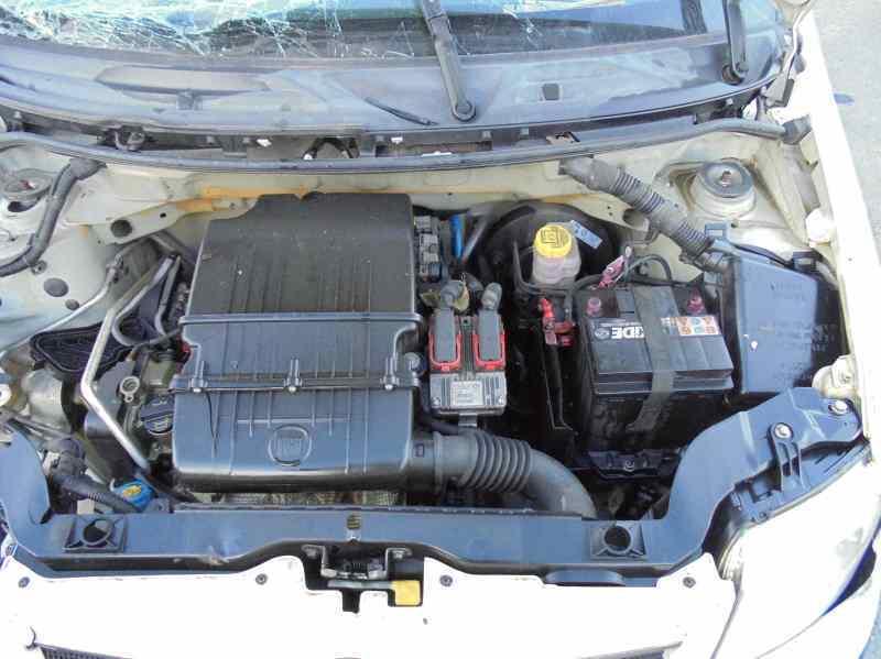 FIAT PANDA (169) 1.2 8V Dynamic   (60 CV) |   09.03 - 12.12_img_4