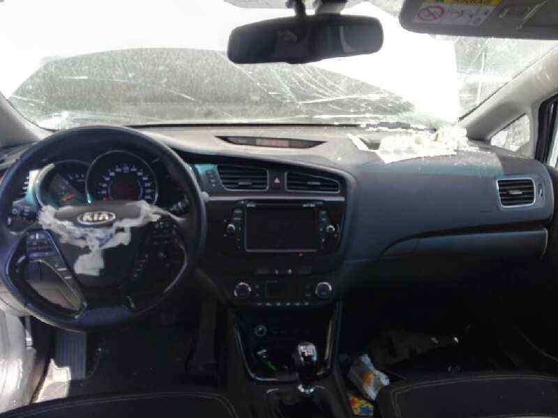 KIA CEE'D Drive  1.6 CRDi CAT (90 CV) |   11.09 - 12.12_img_1