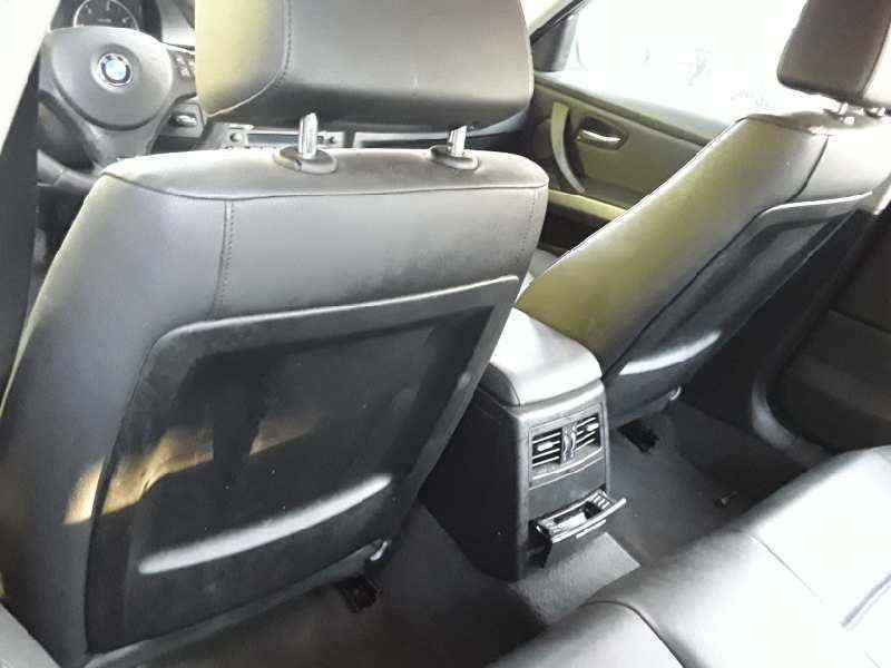 BMW SERIE 3 BERLINA (E90) 320d  2.0 16V Diesel (163 CV) |   12.04 - 12.07_img_4