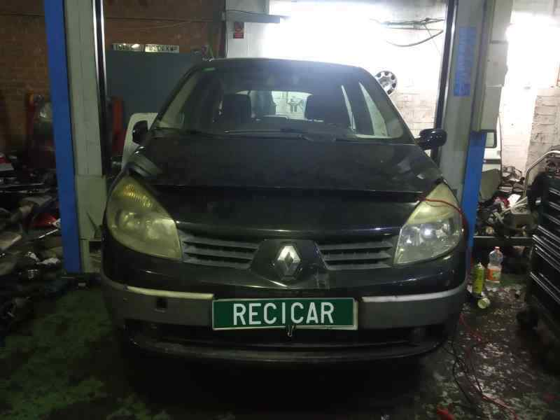 RENAULT SCENIC II Grand Expression  1.9 dCi Diesel (120 CV)     10.06 - ..._img_0