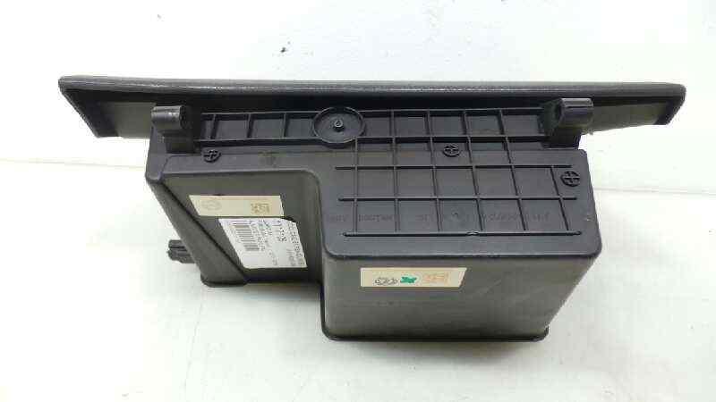 GUANTERA FORD B-MAX Titanium  1.0 EcoBoost CAT (125 CV)     12.13 - 12.15_img_1