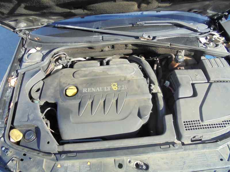 RENAULT LAGUNA II (BG0) Confort Authentique  2.2 dCi Turbodiesel (150 CV) |   03.05 - ..._img_3