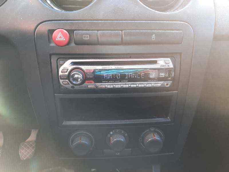 SISTEMA AUDIO / RADIO CD SEAT IBIZA (6L1) Signo  1.9 SDI (64 CV) |   0.02 - ..._img_0