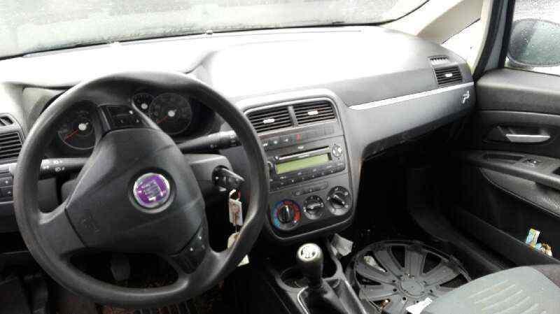 FIAT GRANDE PUNTO (199) 1.3 Multijet Sport (01.2007->)   (90 CV) |   01.07 - 12.12_img_3