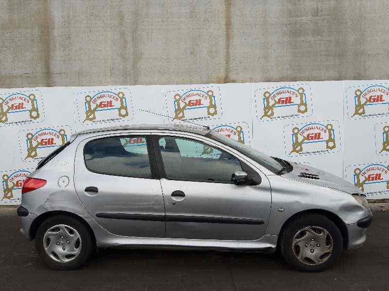 PEUGEOT 206 BERLINA XT  1.9 Diesel (69 CV) |   12.98 - 12.02_img_0