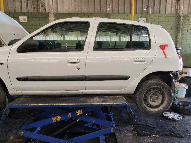 RENAULT CLIO II FASE II (B/CB0) Authentique  1.5 dCi Diesel (65 CV) |   06.01 - 12.03_img_1