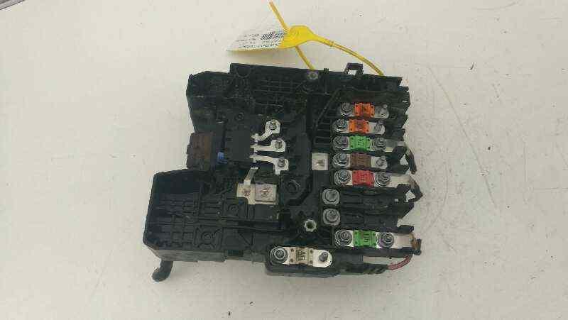 CAJA RELES / FUSIBLES PEUGEOT 308 GTi  1.6 16V THP (272 CV)     0.13 - ..._img_2