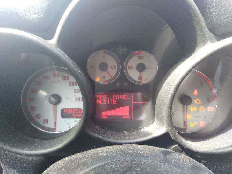 ALFA ROMEO GT (125) 1.9 JTD 16V 150/ Distinctive   (150 CV)     01.04 - 12.06_img_2