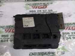 caja reles / fusibles renault megane ii berlina 5p confort authentique  1.5 dci diesel (82 cv) 2002-2006 8200309689
