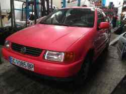 VOLKSWAGEN POLO BERLINA (6N1) 1.0